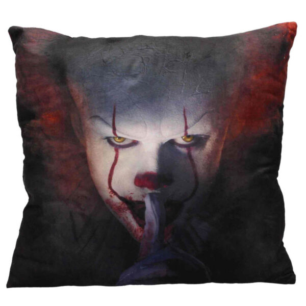 Cojin Pennywise Shut Up It 2017